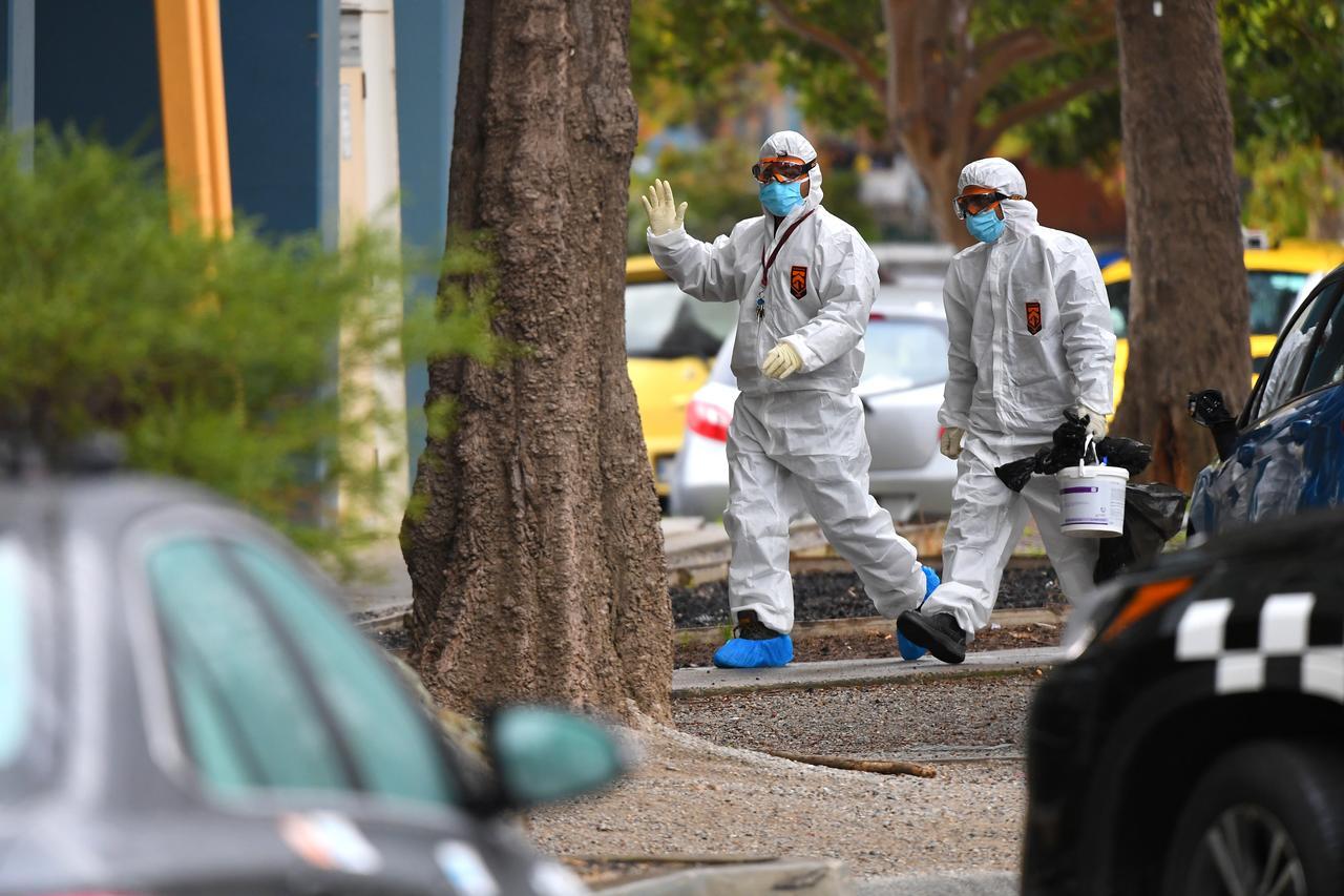 Coronavirus-sparked Australian border closure creates chaos