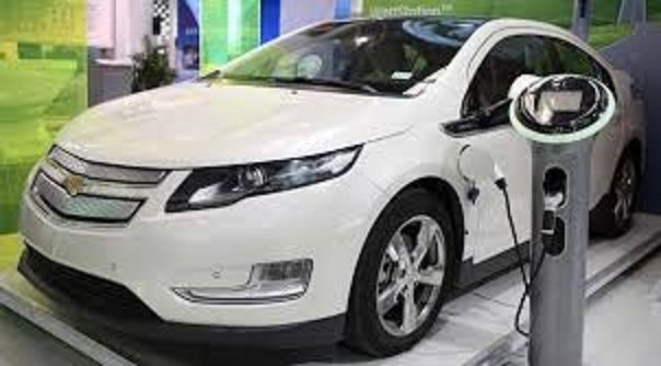 General Motors plans investments to expand electric vehicle production